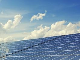 停電時の安心に!太陽光発電と蓄電池で「もしも」の際に備えましょう